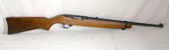 Ruger Model 10/22 Carbine. 10 Shot Clip Semi Automatic. Missing Strap Brack