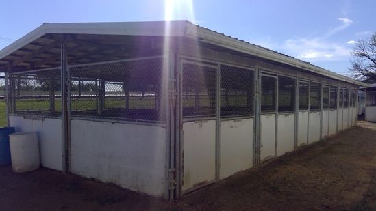 20'x 60' 12 Stall (10'x10' Fry Bros Portable Stalls) W/Roof Structure, (Outside Entry