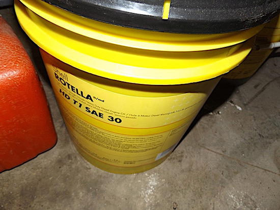 Gas can, 5 Gal Shell SAE 30 wt oil, misc oils