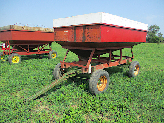 200BU GRAVITY WAGON