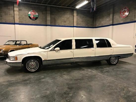 1993 Cadillac Fleetwood Limousine