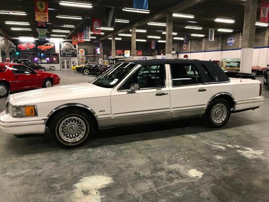 1994 Lincoln Town Car Presidential