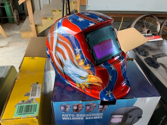 Auto Darkening Welding helmet New