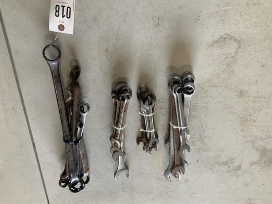 Bundles of wrenches
