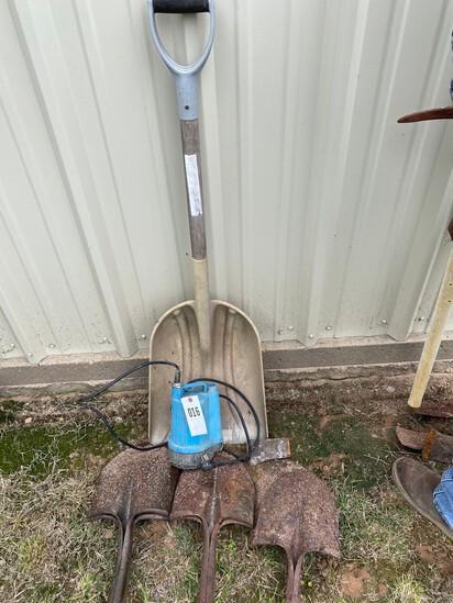 Shovel Ends, Scooper & Pump
