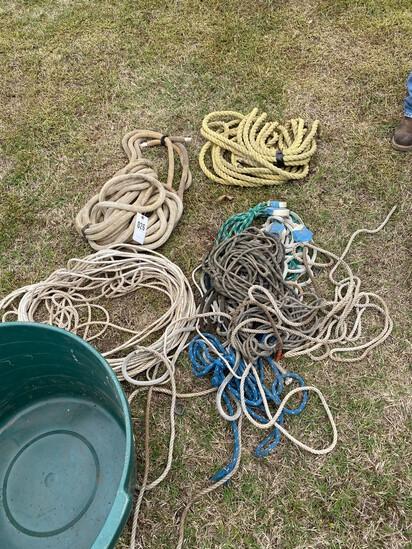 Tub Full of Ropes