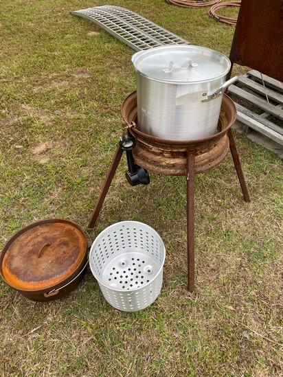 Fryer with Crawfish & fish fryer pots