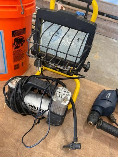 Shop light & 12V Air compressor