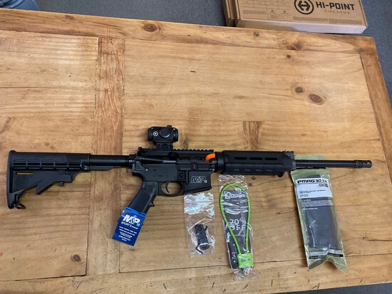New Smith & Wesson 556 M&P 15 Sport With optic Serial#TT94593