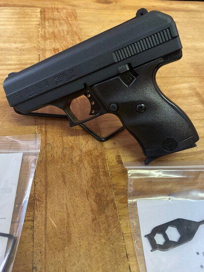 New Hi Point Model C9 9MM black compact Poly Frame with Ghost Sight & Trigger Lock SN#P10151657