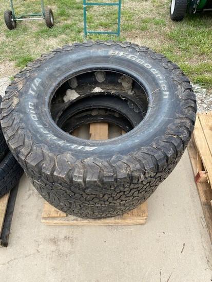 Set of 2 BF Goodrich 35 1250 R 18's All-Terrain Tires