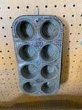 Ecko 080 Chicago Muffin Pan