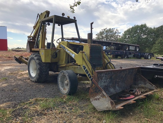Case 4800 Back Hoe