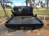 Hay Bale Unroller Truck Bed with Cattle Cube Trip Hopper