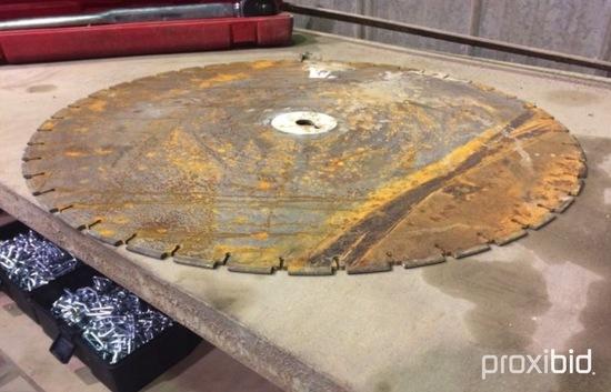 (1) Blade/Lame Scie à béton/Concrete saw 30''