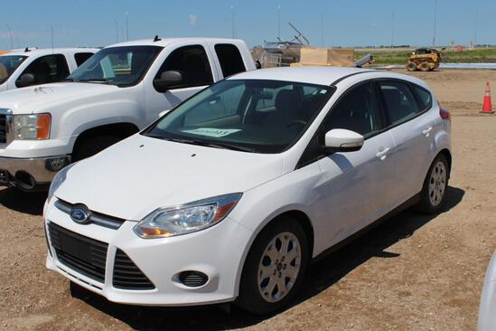 AUTOMOBILE 2014 FORD FOCUS SE Hatchback, S/N: 1FADP3K29EL394266, 4 cyl (2.0), automatic,air conditio