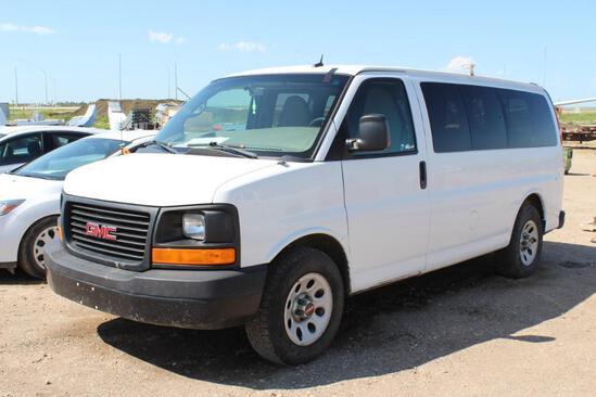 2012 GMC Savana Van, S/N: 1GKS8BF41C1127706, 123,895 KM, Vortec engine V8 5,3L, AC, AM-FM, Tires: LT