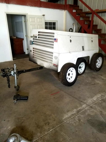 SULLIVAN-PALTEK TRAILER MOUNTED AIR COMPRESSOR 793HRS W/(2)SPARE TIRES MOD. D210QH10JD SN# 25817