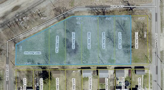 LARGE 0.63+/- ACRE LOT (SOUTH BEND, IN)