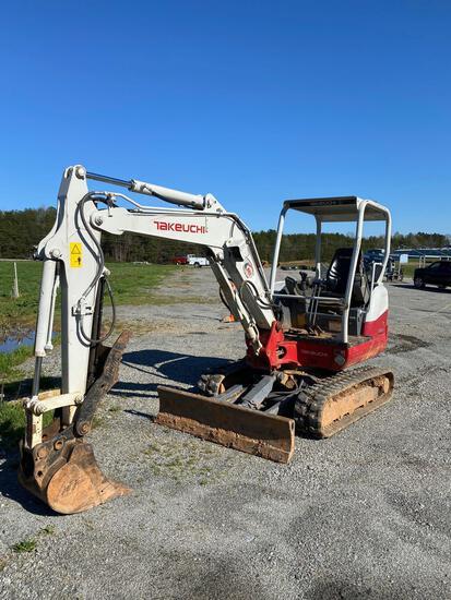 2018 Takeuchi TB235-2 Mini Hydraulic Excavator