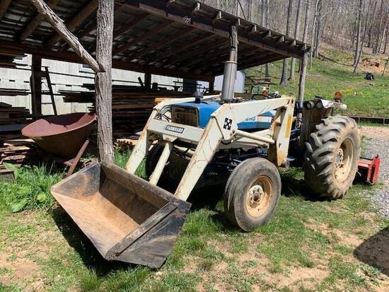 Ford 4100 Farm Tractor