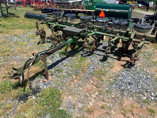 John Deere No Till 6 Row Planter