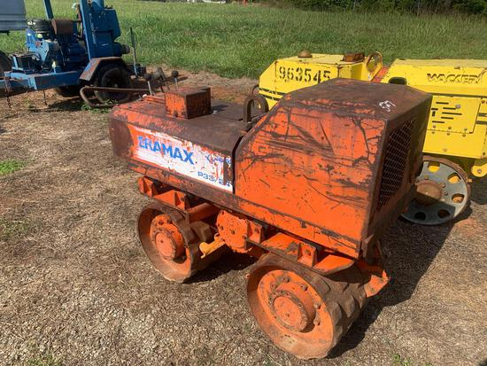 Ameramax P33/24 Trench Roller