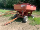 Unverferth G8 Gravity Wagon with Auger