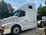 2001 Volvo VNL T/A Double Bunk Sleeper Truck Tractor