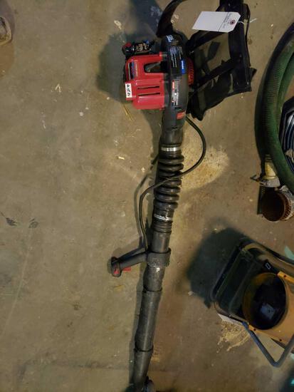 Troy-Bilt Back Pack leaf blower Gas