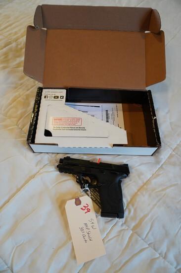 Smith & Wesson M&P Shield  380 Auto