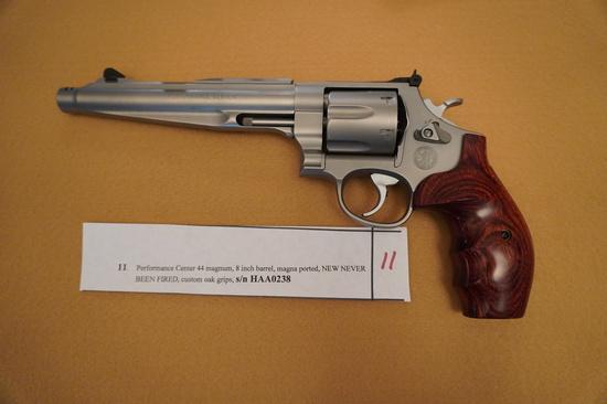 Performance Center 44 Magnum