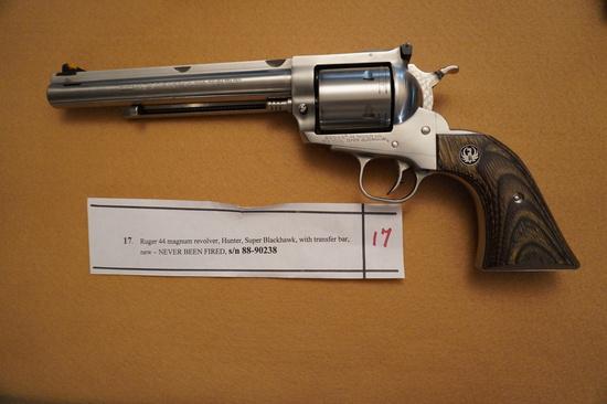 Ruger 44 Magnum Revolver Super Blackhawk Hunter