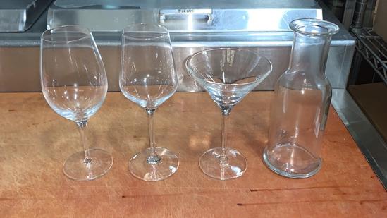 Misc Glassware Lot