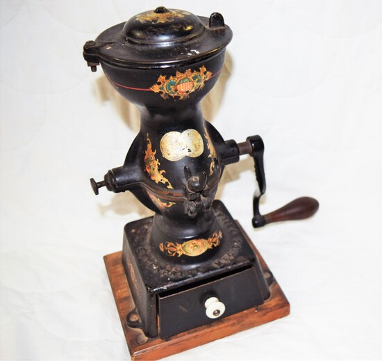 Early Enterprise Mfg. Co. Coffee Mill Grinder