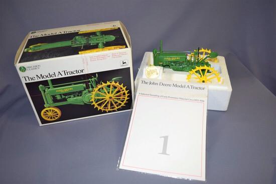 Precision Classics #1 Ertl John Deere Model A 1/16 Scale Die Cast Tractor #560- 1990