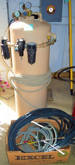 Upright air tank & hoses