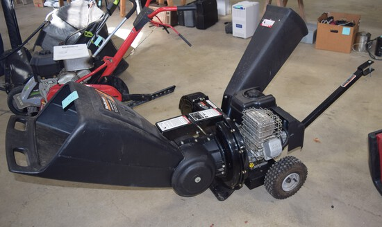 Yard Machine 3 way Feed Chipper/Shredder