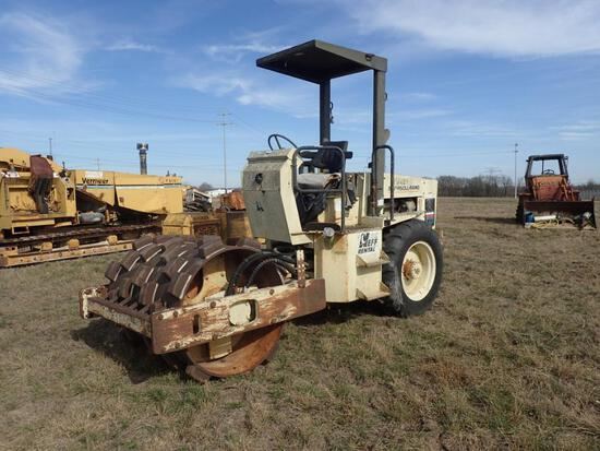 Ingersoll Rand Sheep's Foot Vibratory Loader - CLICK ON PICTURE TO VIEW VIDEO