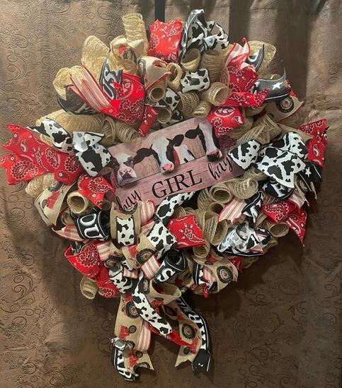 Hey Girl Hey! Wreath