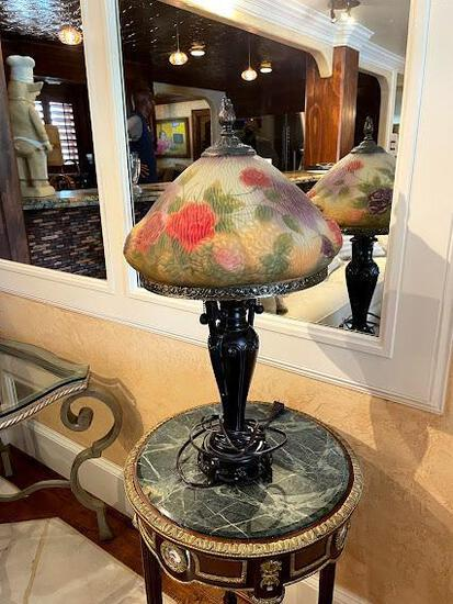 Green marble round end table w/ antique lamp