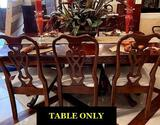 Pennsylvania House Pedestal Dining Room Table (cherry) with (2) 18