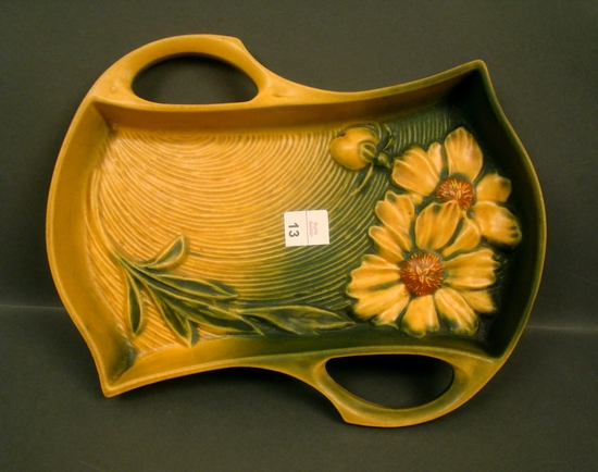 Roseville Grn/Yellow Peony Handled Tray