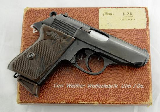 Walther PPK 22 LR in original box 2 Mags Mint