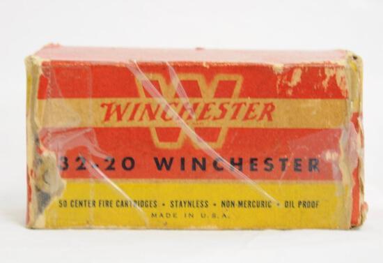 Winchester 32-20 100 Gr. Vintage Full Box