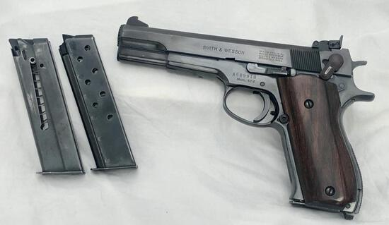 Smith & Wesson Model 52-2 Wadcutter 38 Spl. 3 Mags