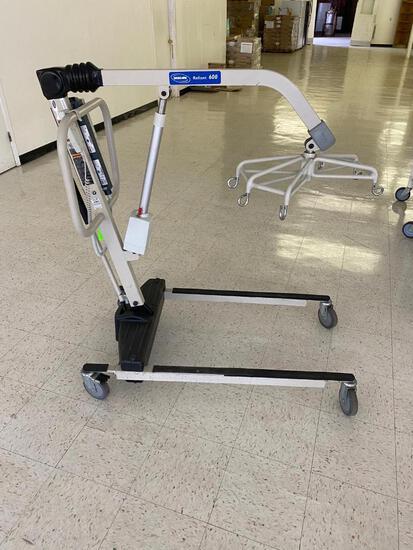 Invacare Reliant 600 Patient Lift