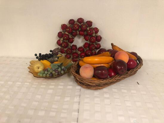 Decorative fruit baskets