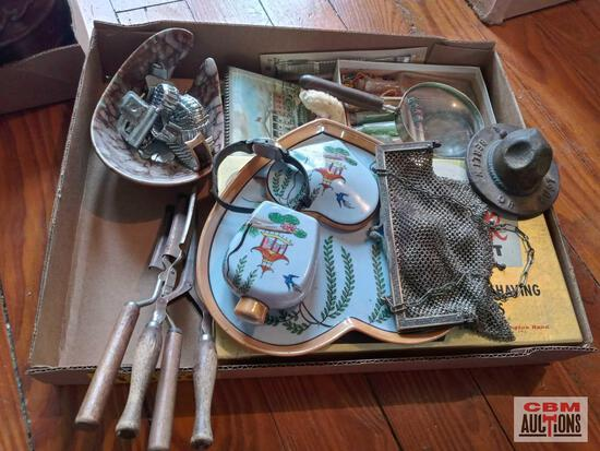 Berlin or Bust WWI advertising cast Ranger hat, charms, bracelets, chainmail purse