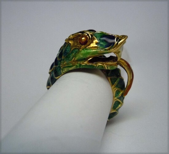 18KT GOLD ENAMEL SERPENT SNAKE DRAGON RING